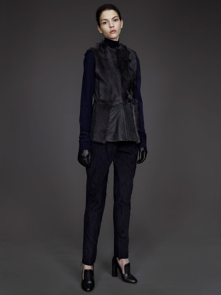 DAMIR DOMA WOMEN'S READY-TO-WEAR PRE-FALL 2014 COLLECTION  LOOK 10  http://www.damirdoma.com/en/collection/womens/autumn-winter-2014