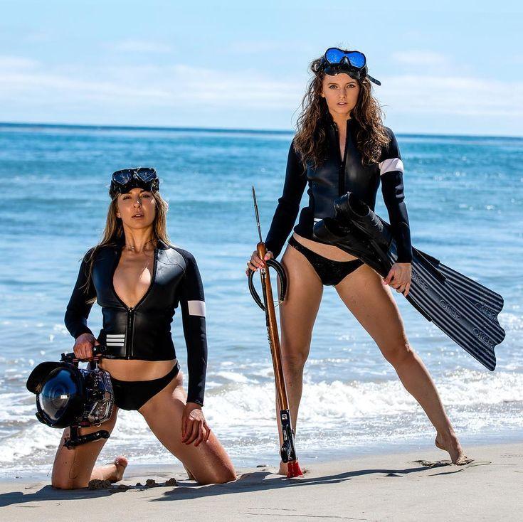 Sexy scuba woman stock photos and images
