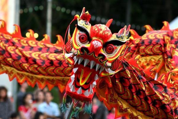 Москва костюм дракон китайский