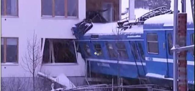 Un train suédois est entré dans une cuisine par effraction!