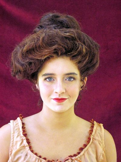 edwardian era makeup | Oh, you beauty! This Maur-Gibson Girl is a modern girl doing Victorian ...