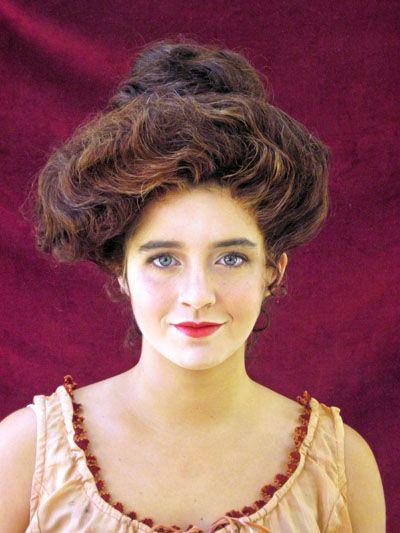 edwardian era makeup | Oh, you beauty! This Maur-Gibson Girl is a modern girl doing Victorian ...