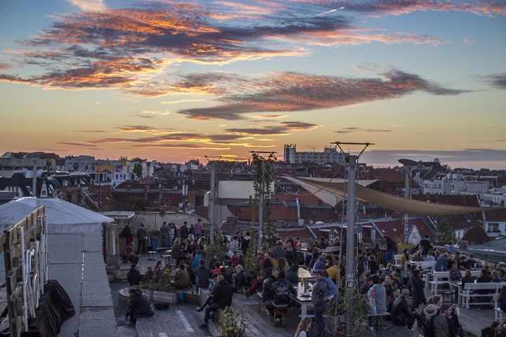 Sonnenuntergang auf dem Klunkerkranich (Foto: Klunkerkranich)