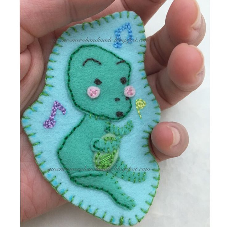 dancing frog, applique, patch, handmade, hand-embroidered
