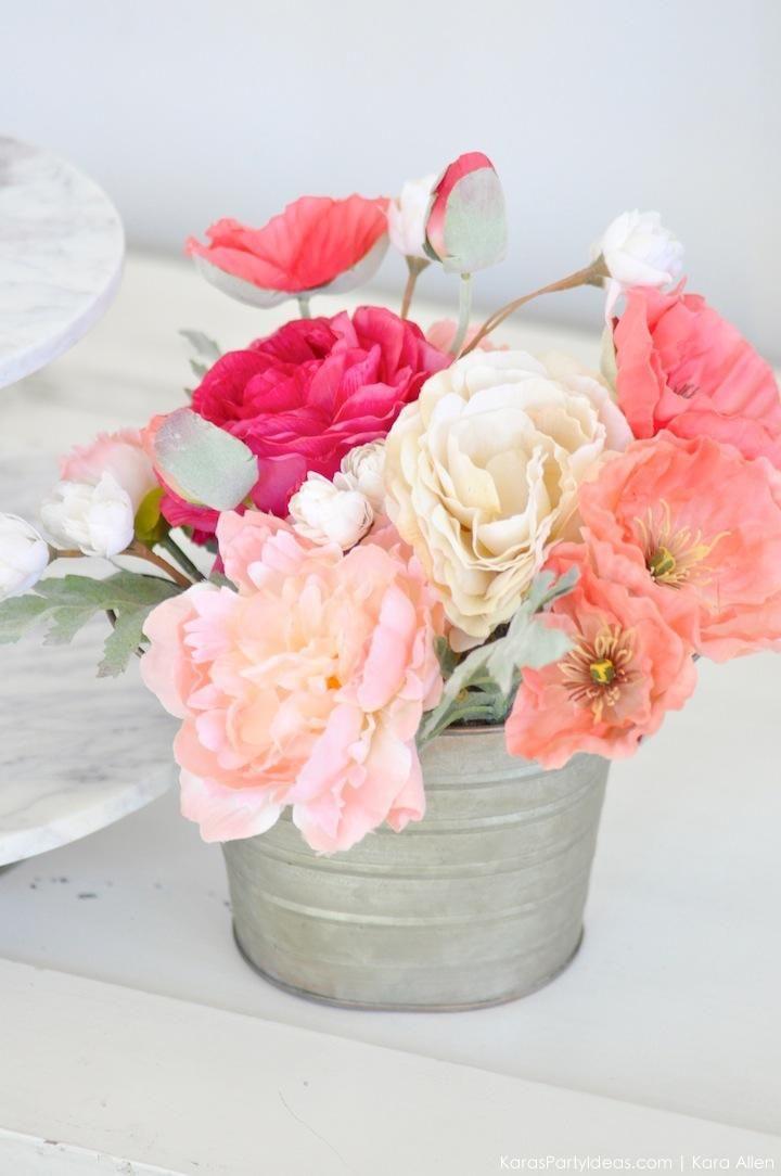 floral arrangement via karas party ideas kara allen karaspartyideascom 5 - Floral Design Ideas