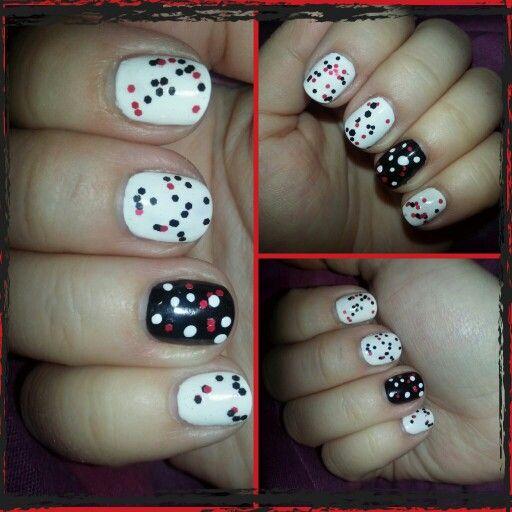Polka dots nail art #shortnail #easynailaart