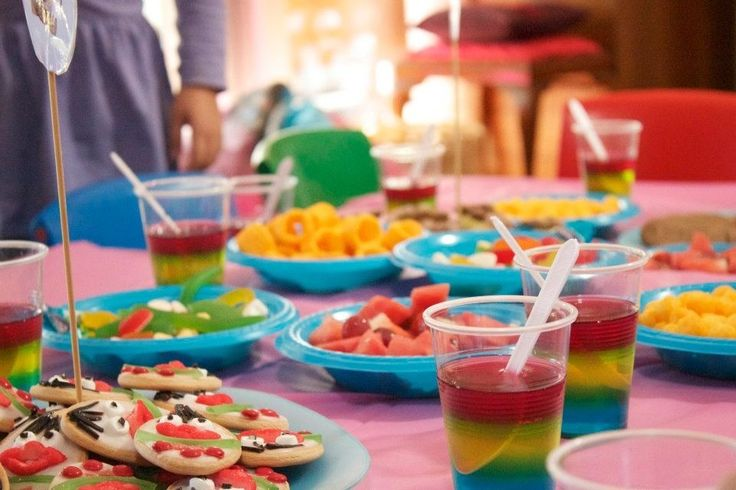 Play school party food