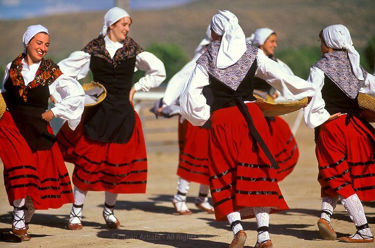 Basque dancers | Wonderful world of dance | Pinterest