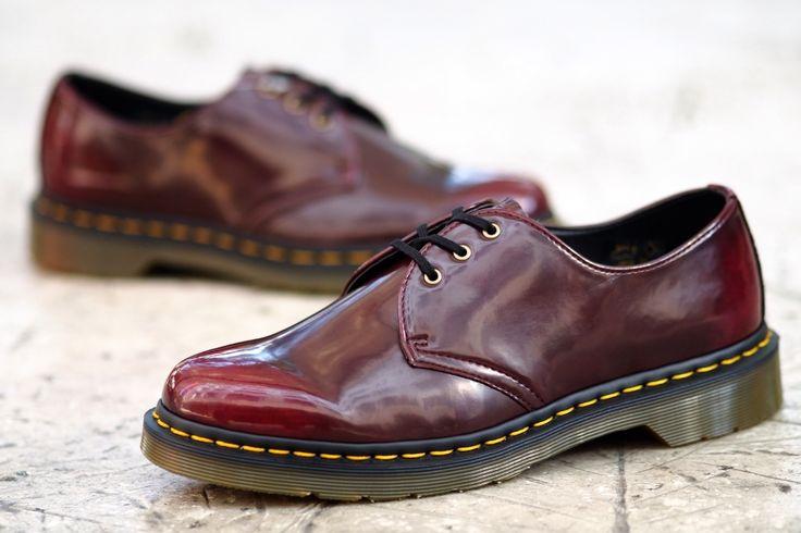 dr martens made in england vegan 1461 shoes in cherry. Black Bedroom Furniture Sets. Home Design Ideas