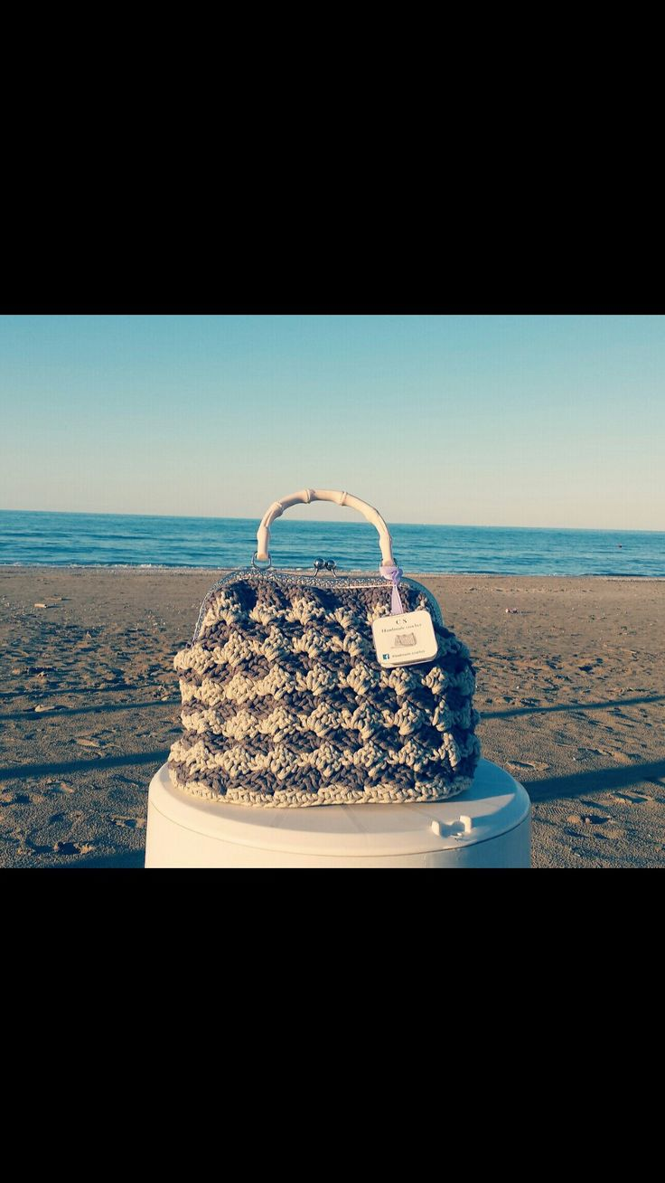 Borsa crochet eseguita ad uncinetto con punto Prada  Fb page Handmade crochet