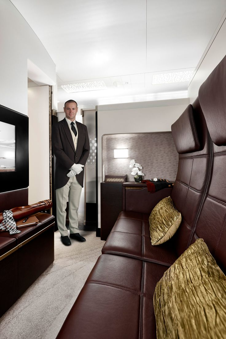 Private jet interior furnished like a vintage train aviation - What It S Really Like To Fly On The World S Biggest Plane