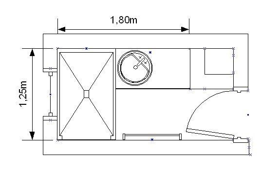 Une petite salle de bain tout en longueur avec une grande for Plan petite salle de bain