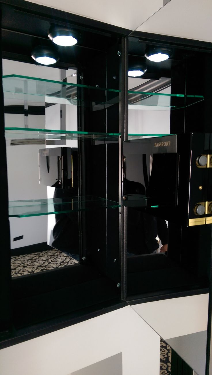 the marquis wall safe is the largest wall safe that digitalsafe fabricates it includes 4 - Wall Safes