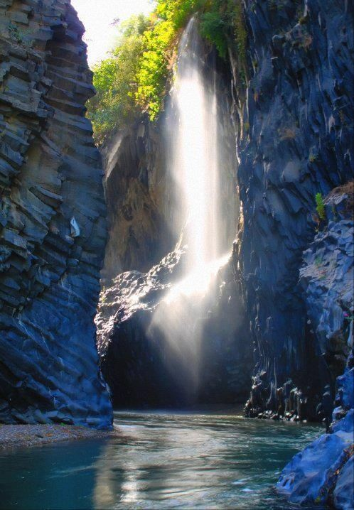 12 Beautiful Photos from Italy - Gole dell'Alcantara, Sicily, Italy Imagine a quiet day here...