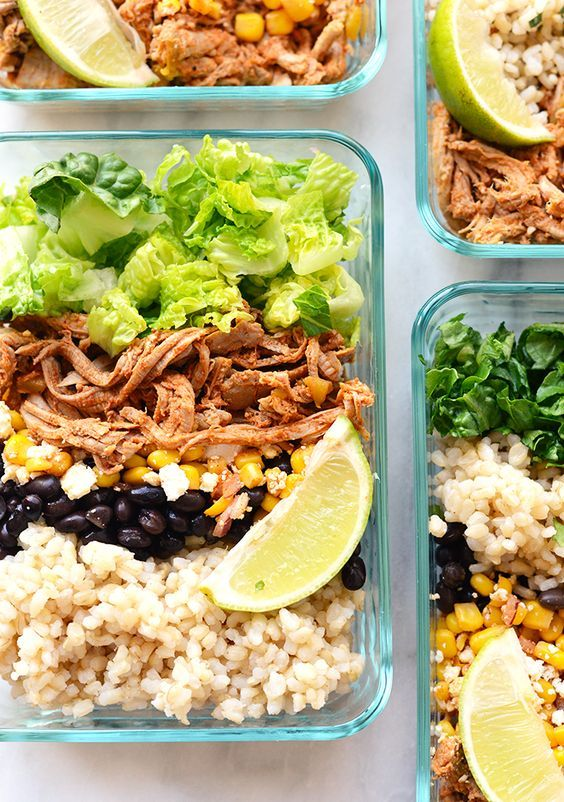 Take an hour and make these delicious meal prep carnitas burrito bowls so that you can have an easy on-the-go meal ready for during the week!