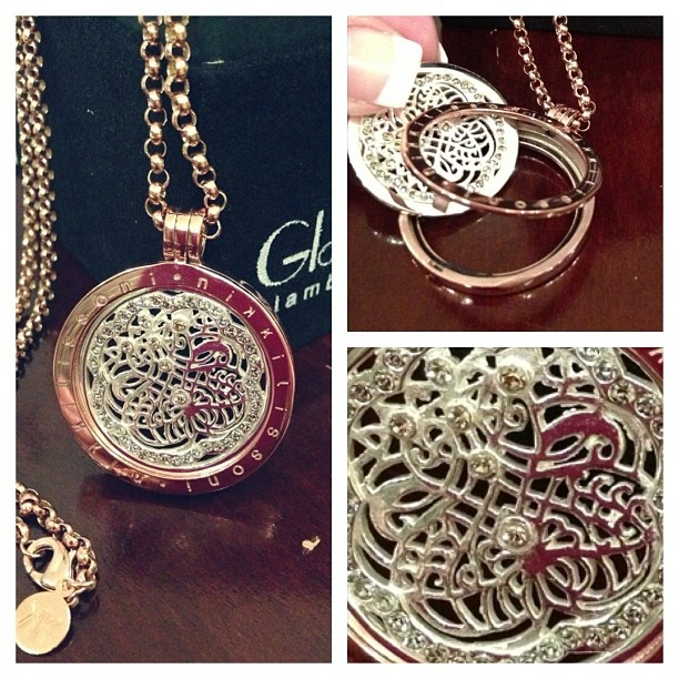 Beautiful medallion -style pendant necklace with interchangeable coin a signature style of Nikki Lissoni available @GlamButik.com.com