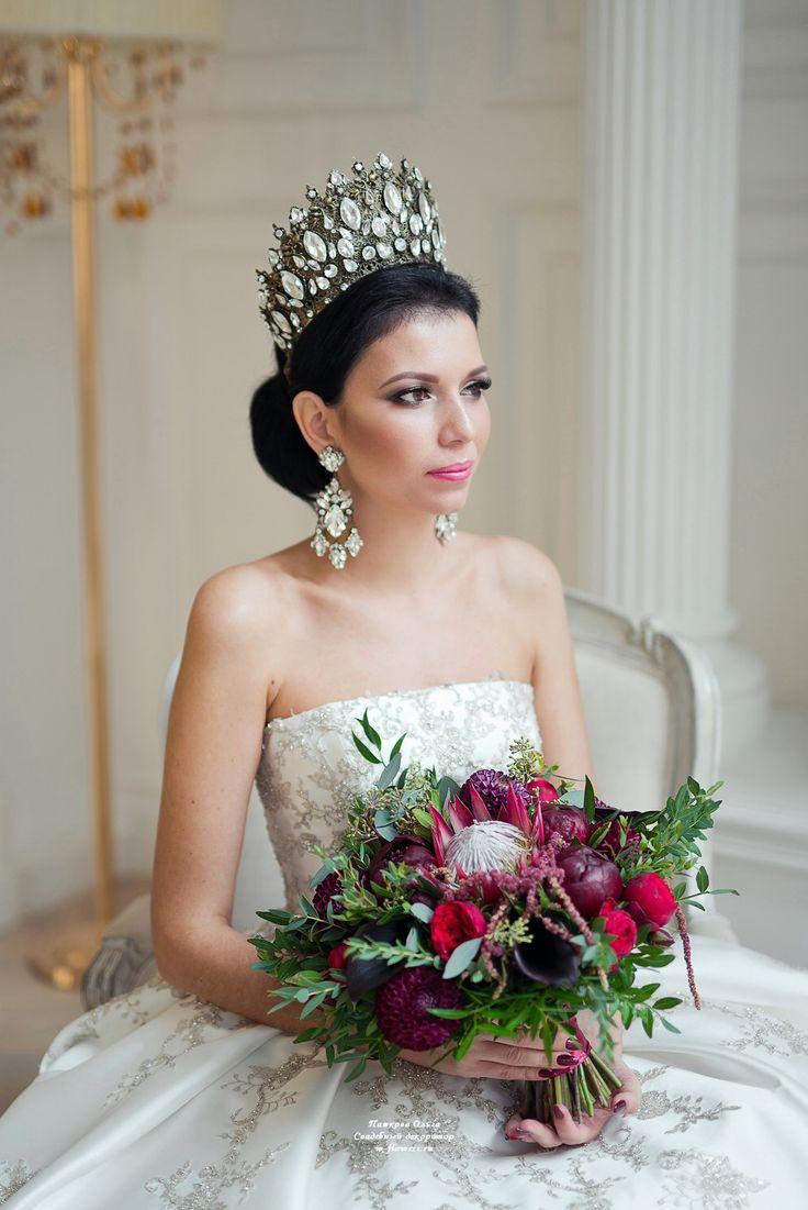 Букет невесты в гамме марсала с протеей : bride's bouquet #букет #невесты