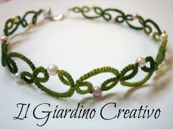 Choker Ivy handmade tatting cotton necklace and pearls. Girocollo Edera handmade in pizzo chiacchierino e perline. via Etsy