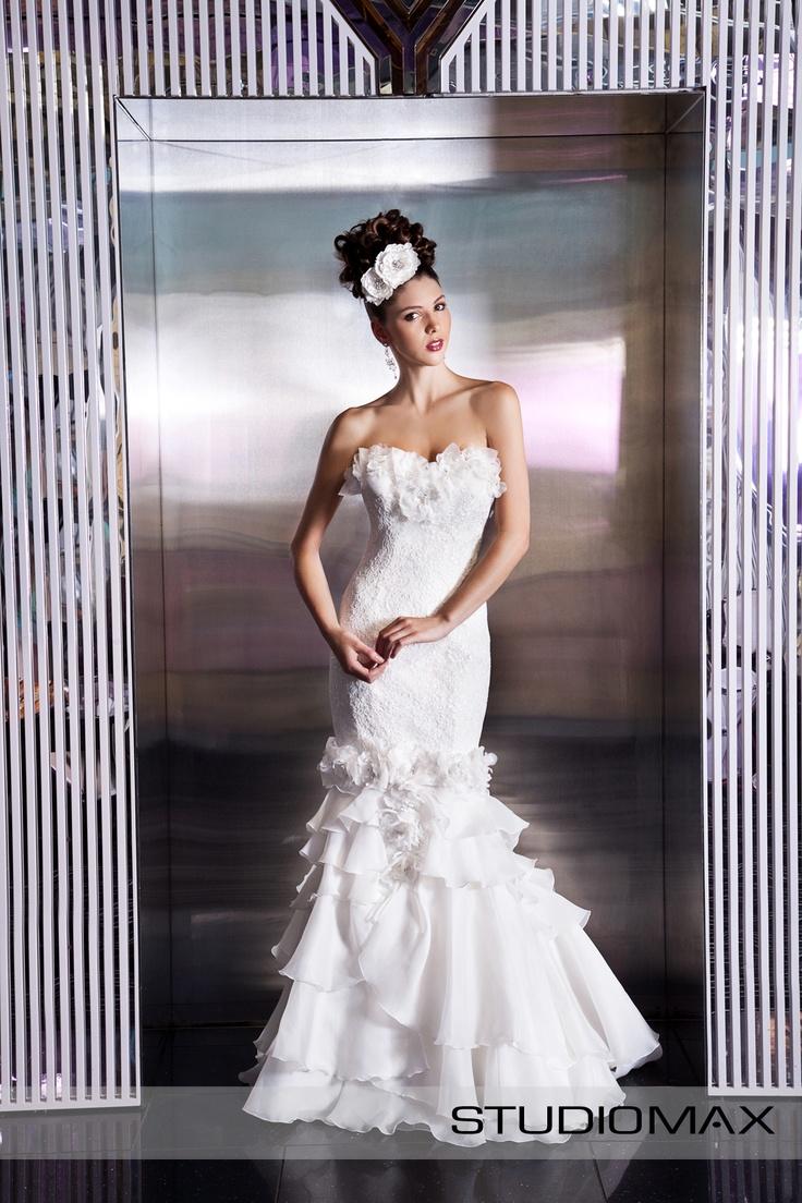 Melbourne Wedding Photographers, StudioMax shoot for Melbourne Wedding & Bride Magazine. High Fashion Wedding Editorial.
