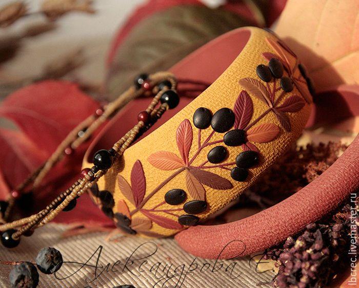 """Купить Комплект браслетов """"Охра"""" из полимерной глины - браслет с ягодами, комплект браслетов, браслеты александровой"""