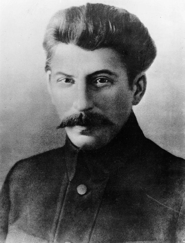 1917:  Soviet leader Joseph Stalin (Iosif Vissarionovich Dzhugashvili, 1879 - 1953), as a leading Bolshevik.  (Photo by Hulton Archive/Getty Images)