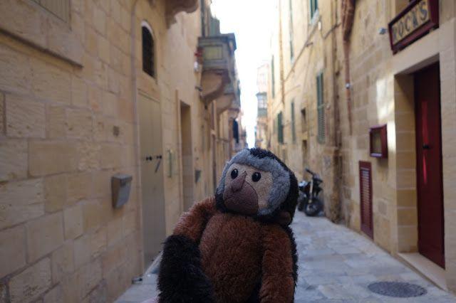 Apen matkat: Malta, osa 27, bussilla ympäri Maltan saarta