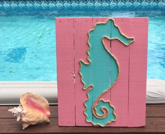 Caballito de mar hecho a mano con cuerda playa plataforma arte