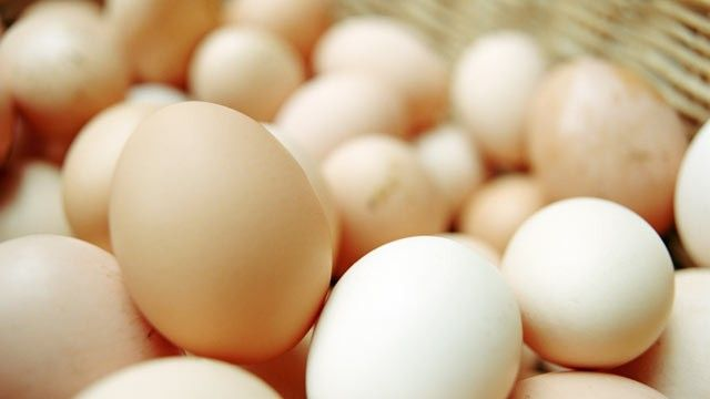 A 2010 study in the journal 'Veterinary Record' found that the eggs from hens confined to cages had 7.77-times greater odds of harboring salmonella bacteria than eggs from non-caged hens.
