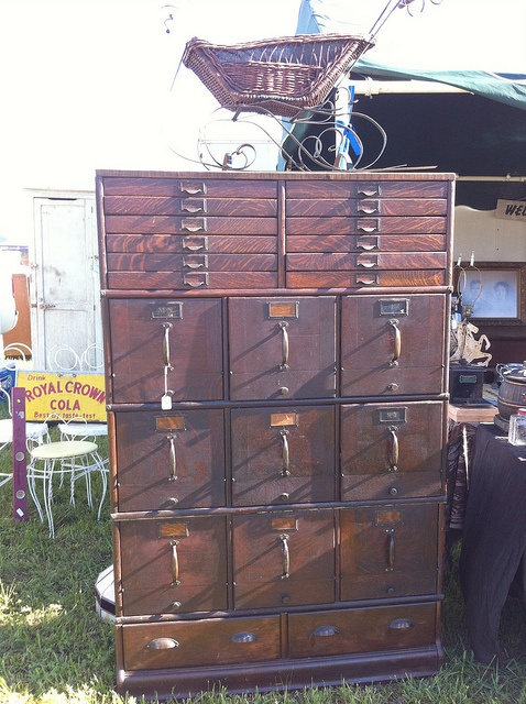 gorgeous vintage filing drawers with flat ones on top for out-size papers  or maps - The 25+ Best Vintage File Cabinet Ideas On Pinterest File