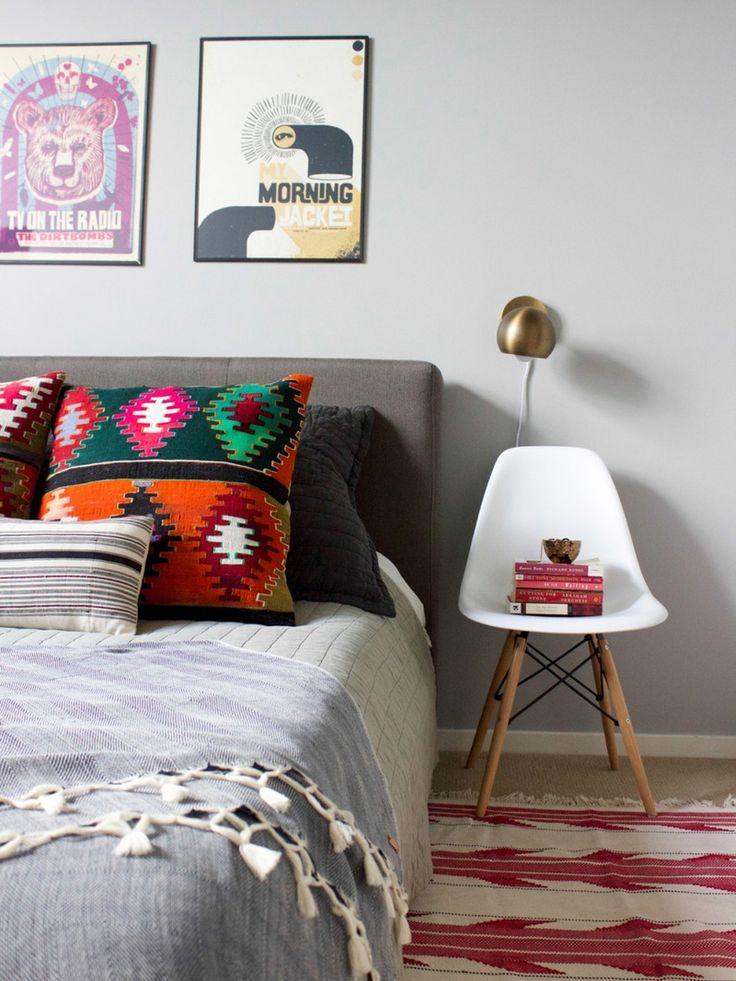 First Apartment Style Fixes: 9 Times A Chair Was The Perfect Nightstand. Kleine  SchlafzimmerErste Eigene WohnungLeben ...