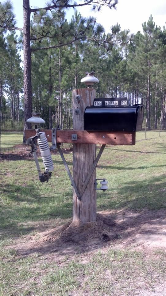Lineman Mailbox.  My husband is going to build us one when we get our house built.  So cute!!!