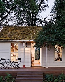 A family reclaims a dilapidated Portland cottage, gives it a clever renovation, and discovers the joys of living small.: Eco House, Backyard Ideas, Cabin, Little Houses, Green Roof, Back Porches