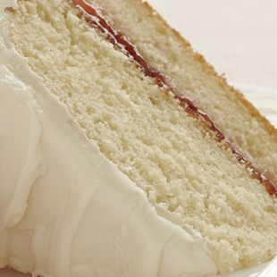 Add a little strawberry zing to the comfort of Duncan Hines French Vanilla Cake and frosting. And Strawberry Vanilla Cake is oh-so-pretty, too!