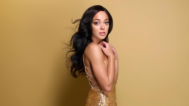 Get a Bath&Body coupon to look as good: http://dealz.space/bath-and-body-coupon Katarina Johnson-Thompson