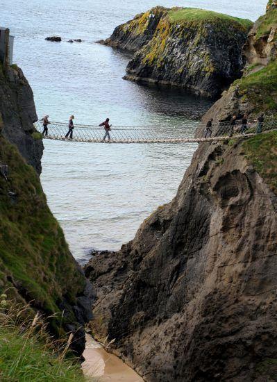 Carrick-a-Rede - Irlandia Północna. Do atrakcji irlandzkiego ...