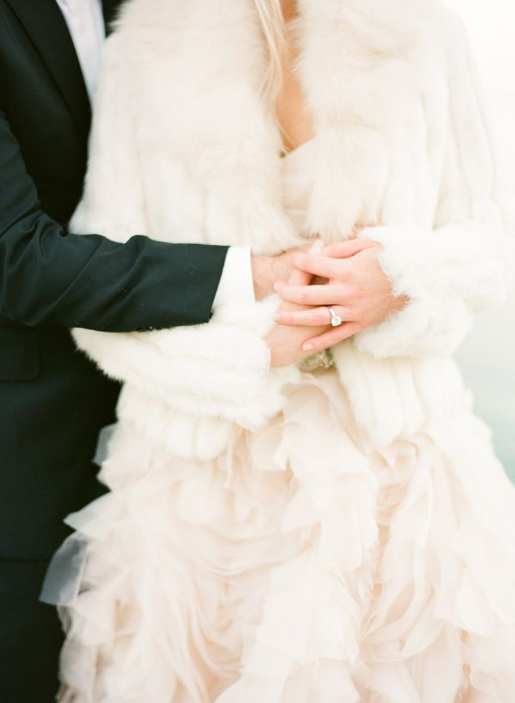 Cozy Luxe Inspiration For Your Winter Wedding