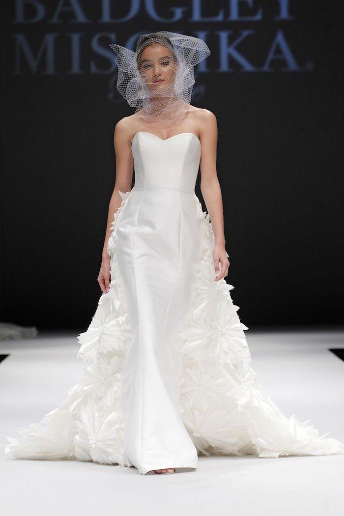Badgley Mischka Wedding Dresses - MODwedding