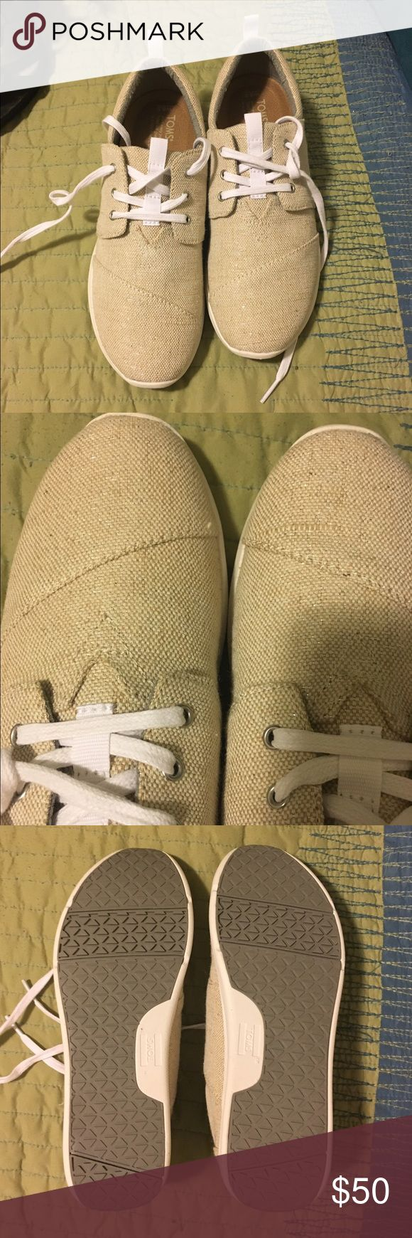 Brand New Toms Del Rey Natural metallic linen 8.5 This is a brand new without the box pair of women's Toms Del Rey size 8.5. Color is a light beige with a shimmer finish. Smoke free home. Never worn out of the house! TOMS Shoes Sneakers