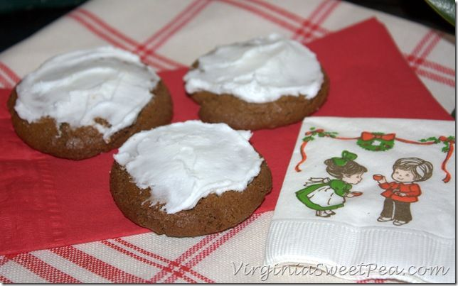 Iced Gingersnaps Recipe — Dishmaps