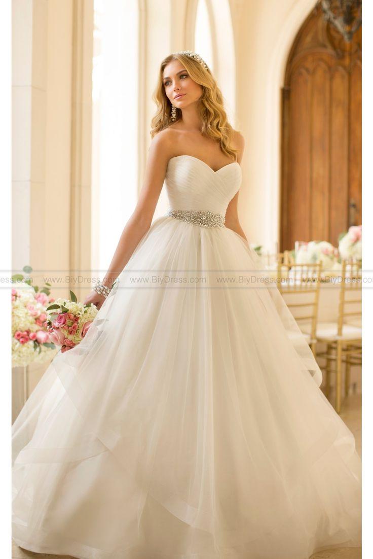 45 best best bridal gowns 2016 images on Pinterest   Short wedding ...