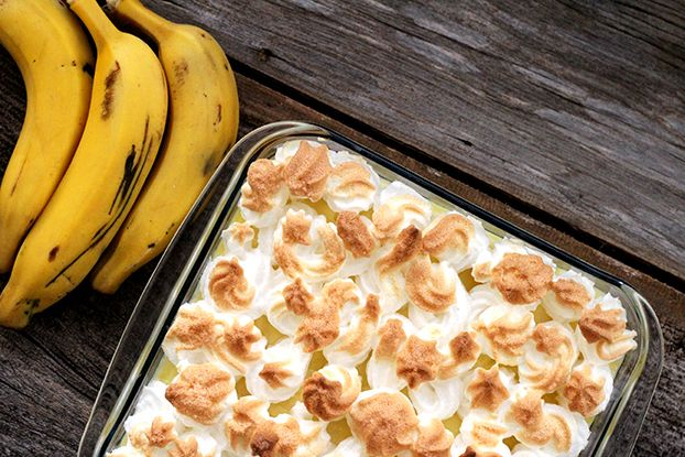 Caramelo, banana, creme e merengue, confira a receita dessa deliciosa sobremesa conhecida por Chico Balanceado aqui no RS.