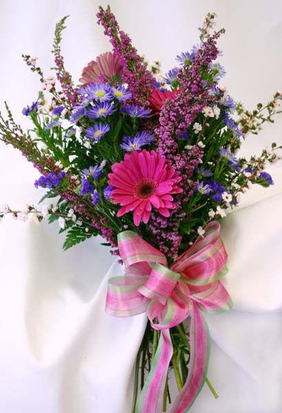 wildflower bouquet weddingday pinterest. Black Bedroom Furniture Sets. Home Design Ideas