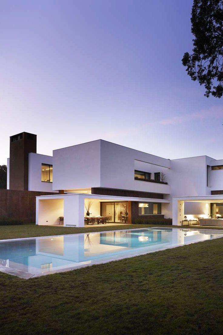 Property in madrid dreamy design case moderne for Case stravaganti