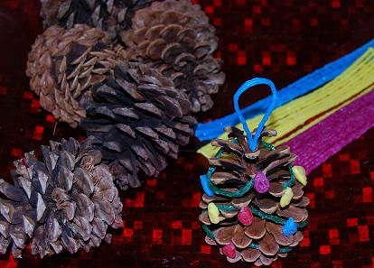 Simple Pinecone Christmas Tree Ornament Craft from The Preschool Toolbox