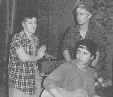Old (or, rather, young) Green Day.