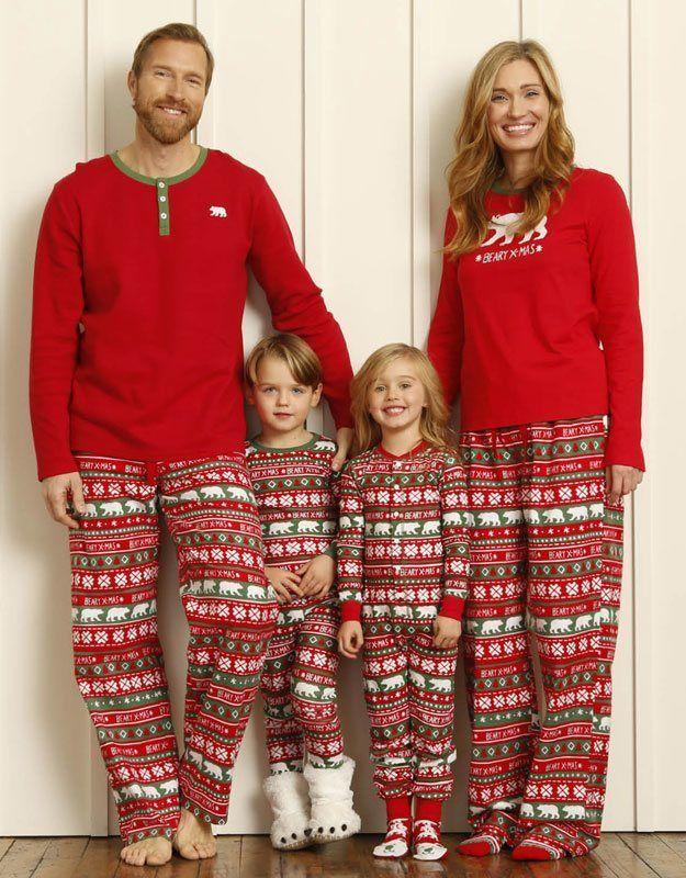 Pijamas Navideño de la marca canadiense Hatley - Little Blue House para hombre. Envío en 24/48 horas. Pijama especial para un regalo diferente ésta Navidad. #moda #modahombre #regalos #navidad http://www.varelaintimo.com/categoria/40/pijamas