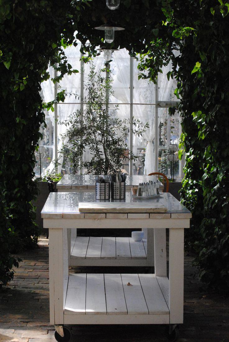 Växthus och café Butik Linnea. Foto Annelie Kallerup