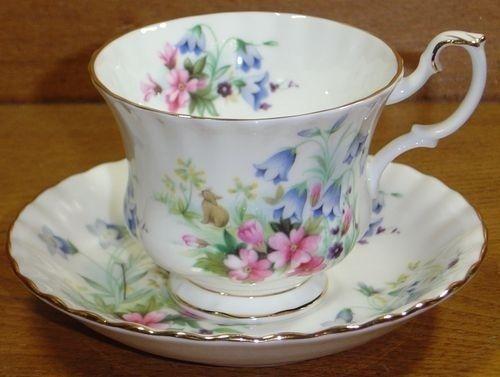 Royal Albert Vintage China Tea Cup, Saucer, Honey Lane - EASTER BUNNY - Country
