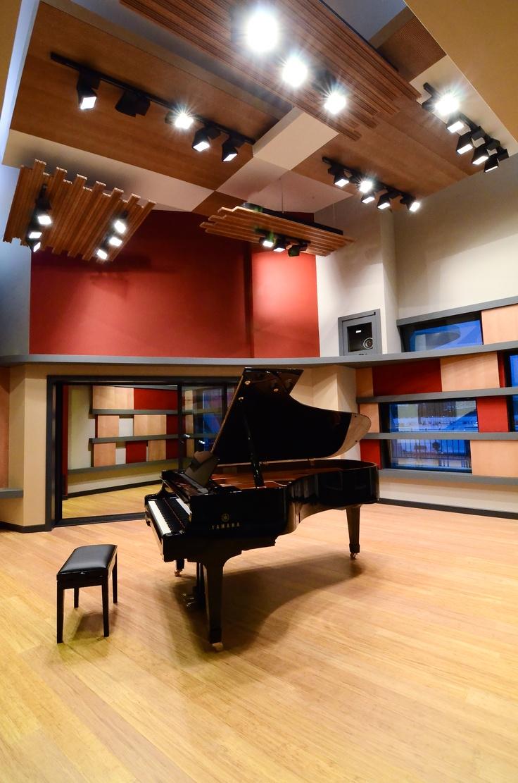 berklee college of music essay requirements Berklee online is the online school of berklee college of music your degree requirements by the music scholarships berklee has partnered with a.