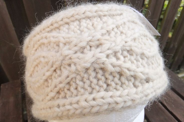 really like this new earwarmer design, especially in this luxury alpaca, merino wool and acrylic yarn. It's very soft and will keep you roasty toasty! This can be machine washed at a 30 degree delicate cycle. £13 + £3 P&P